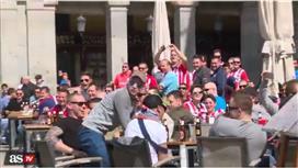 بالفيديو - اعتقال 6 من مشجعي آيندهوفن أهانوا مشردين في مدريد