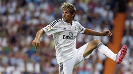 ريال مدريد يقرر إعادة كوينتراو من موناكو