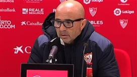 سامباولي يشترط التعاقد مع 3 لاعبين لخلافة إنريكي في تدريب برشلونة