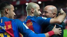 سبورت: برشلونة «غسـل يـده» من التعاقد مع سامباولي بعد خروجه من الأبطال على يد ليستر سيتي !