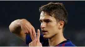 آرسنال وتشيلسي يتأهبان لرحيل دينيس سواريز عن برشلونة