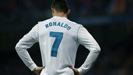 كريستيانو رونالدو يوقف صفقة ريال مدريد مع مواطنه !