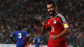 عبدالله السعيد نجم الأهلي «مطلوب» في الكويت