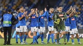 العقوبة المتوقع فرضها على لاعبي نابولي بعد إعلانهم «التمرد»