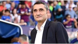 برشلونة ينفي نيته إقالة فالفيردي