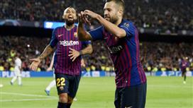 برشلونة يقرر تعزيز مركز الظهير الأيسر