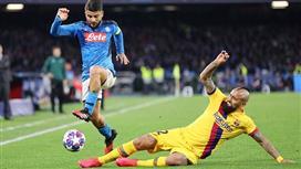 يويفا يفكر بنقل مباراة برشلونة و نابولي من كامب نو